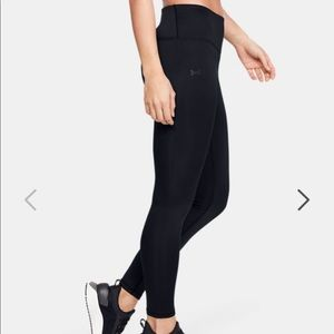 Under Armor coldgear fitted leggings small